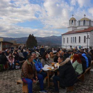 Вино, мезета и много веселба на Трифон в Полето