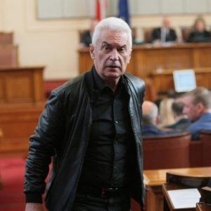 Волен Сидеров: Аз съм реалният опонент на Румен Радев, каня го на диспут