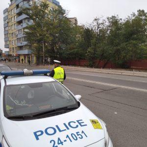 Засилено полицейско присъствие около училищата и основните пътища на страната
