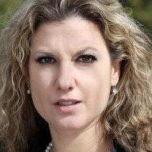 Миролюба Бенатова: Борисов се е капсулирал, не може да понесе да не бъде харесван