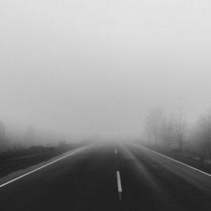 Мъгла намалява видимостта по пътищата в района на Благоевград