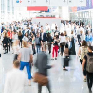 Потребителите от ЕС скоро ще могат да защитават колективно правата си