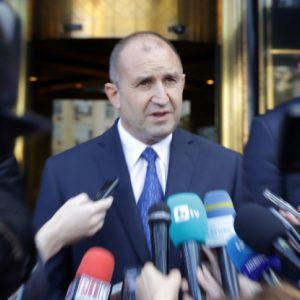 Президентът: Гешев се споменава като възторжен фен на премиера