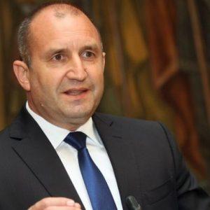 Президентът Румен Радев ще посети Кризисния щаб в Благоевград