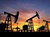 Рекорден скок на цените на петрола