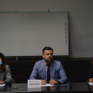 Секретарят на Община Благоевград проведе консултации с политически партии и коалиции за изборите на 14 ноември