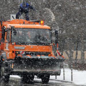 След седмица започва изплащането на средства за зимното почистване към Общините