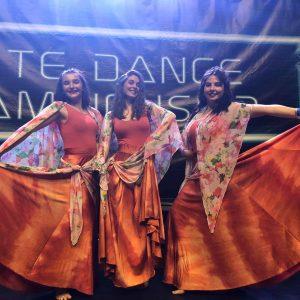"""Студенти от ЮЗУ """"Неофит Рилски"""" завоюваха шест награди от национален конкурс по танци"""