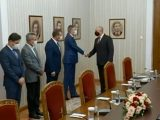 Искри между ДПС и Радев заради гражданството на Петков