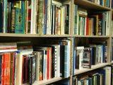 Обогатяват с книги и други информационни източници библиотеките в Симитли и Брежани